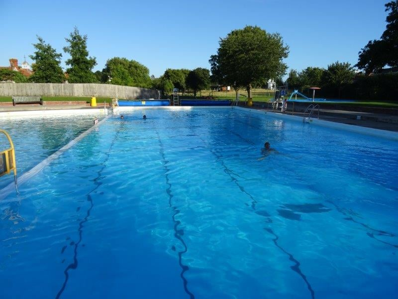Greenbank Pool photographed in the early morning